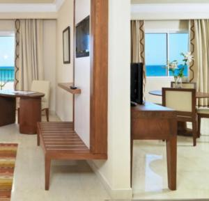 Double Room with Sea View (2 adults)
