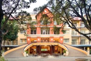 Photo of Karibe Hotel