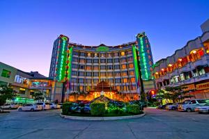 Photo of Hotel Mandalay