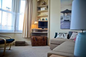 Central Beach Apartment in Worthing, West Sussex, England