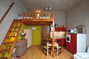 Hastal Gallery Apartments