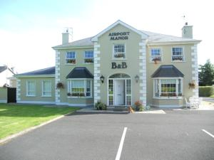 Photo of Airport Manor B&B
