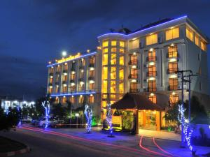 Photo of Ayarwaddy River View Hotel