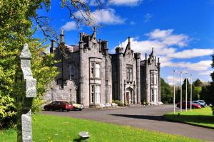 Photo of Belleek Castle