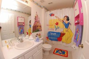 Three-Bedroom Princess Ballroom
