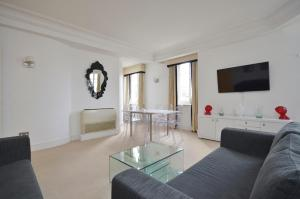 Apartamento Uber London Palace Penthouse, Londres