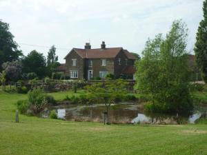 Hall Farm Bed & Breakfast in Terrington, North Yorkshire, England