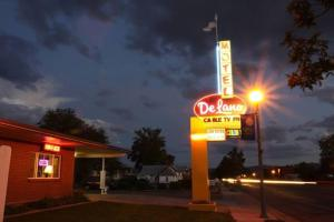 Photo of De Lano Motel