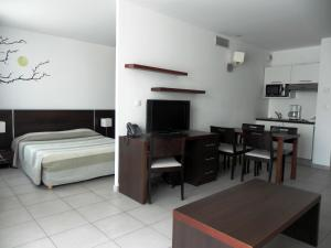 Pension Residence Services Calypso, Marsella