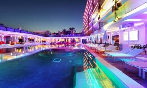 Ushuaia Ibiza Beach Hotel - Adults Only - 18 of 37