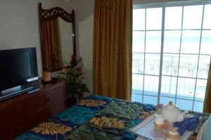 Three-Bedroom Apartment with Partial Ocean View
