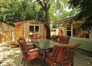 Zilker Cottage By Turn Key Vacation Rentals