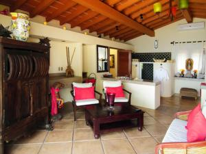 Casa Las Amapas Five-Bedroom Villa