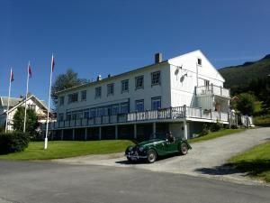 Photo of Eidsvåg Bed & Breakfast
