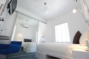 Deluxe Room with One Double Bed- Second Floor/Non-Smoking