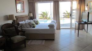 Deluxe Double or Twin Room with Sea View - 1