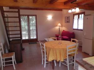 Holiday Home Au Domaine Salinie Montcabrier