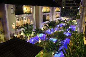 Photo of Bali Hotel