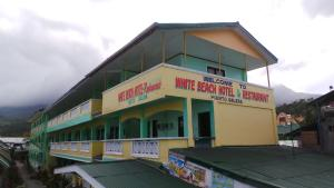 White Beach Hotel Bar & Restaurant