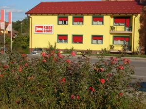 Photo of Bed And Breakfast Pri Belokranjcu