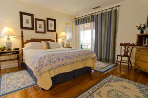 803 Elizabeth Bed & Breakfast