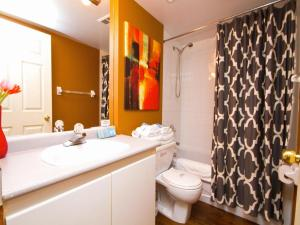Canada Suites on Bay, Apartmanok  Toronto - big - 3