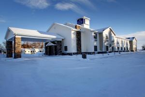 Photo of Cobblestone Inn And Suites   Rugby