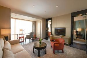 Premier King Suite with Terrace