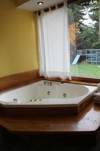 Superior Bungalow with Spa Bath