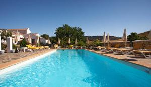 Photo of Hotel Cortijo Las Piletas