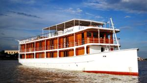 Photo of L'amant Cruises