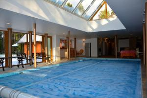 Photo of Deluxe Apartment With Pool And Sauna