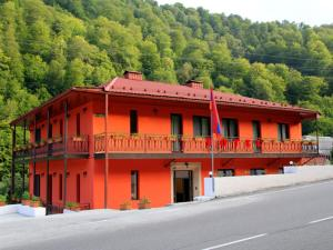 Photo of Red Hotel