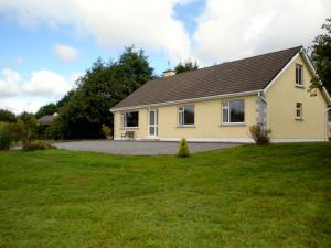 Photo of Ballylickey Bungalow