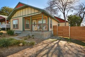 Photo of East Austin Home By Turn Key Vacation Rentals