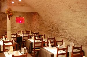 The Best Western Hotel Le Donjon - 3 of 44