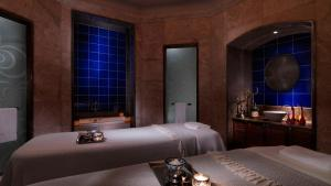 Four Seasons Hotel Istanbul at the Bosphorous - 7 of 29