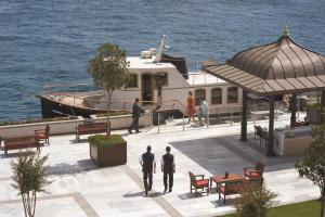 Four Seasons Hotel Istanbul at the Bosphorous - 16 of 29