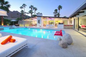 Photo of Mid Century Luxury Estate