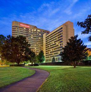 Photo of Sheraton Memphis Downtown