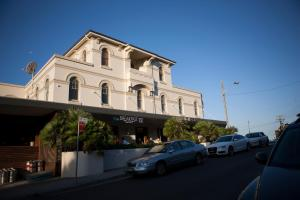 Photo of The Clovelly Hotel