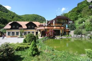 Photo of Guesthouse Villa Zelenjak Ventek