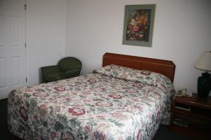 Queen Room - Pet Friendly