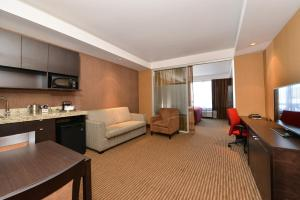 Executive Premium Room - King - Non-Smoking