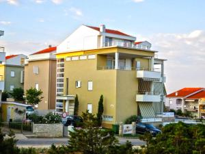 Photo of Apartments Ville Sunca V1