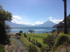 Photo of Hotel La Riviera De Atitlan