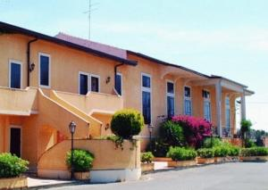 Hôtel proche : Ares Hotel