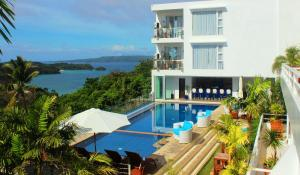Tanawin Resort & Luxury Apartments