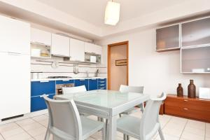 Photo of Re Art Alla Fonte Apartment