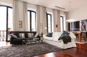Top Luxury Flats in Triana